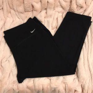 Nike, black crop, leggings. SizeXL
